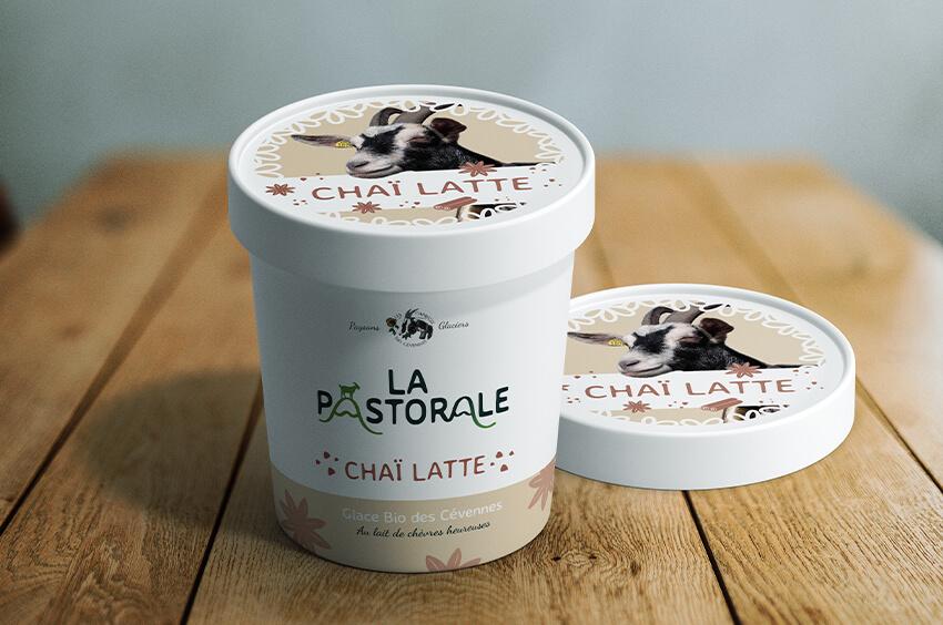 la pastorale glace artisanale dans les cévennes producteur français agriculture raisonnée identité visuel graphiste graphisme logo refont chèvre lait de chèvre glace bio producteur design étiquette